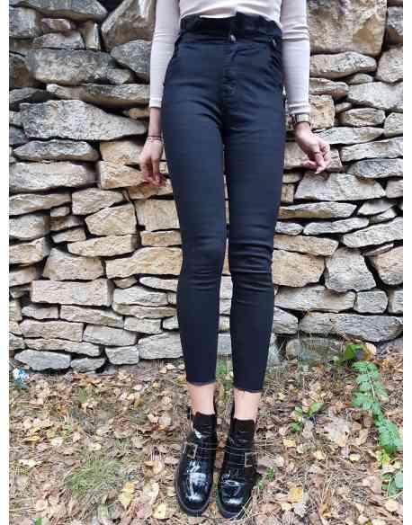 "Spodnie ""Regular Black"""